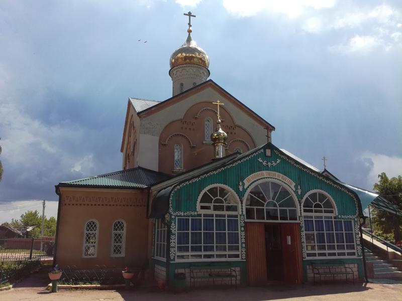 Престольный праздник отметил храм во имя Святителя Николая г. Клинцы