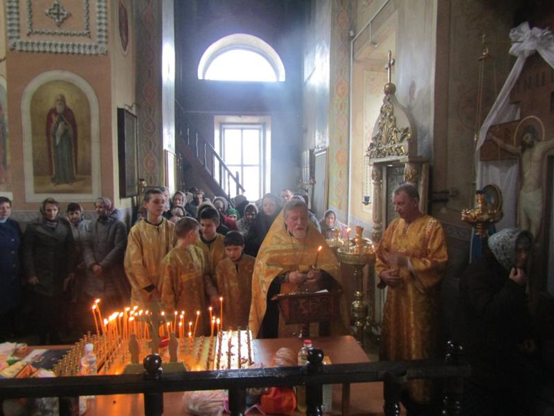 Молитвы о павших псковских десантниках вознесены в Успенском храме г. Мглина в 20-летнюю годовщину их подвига